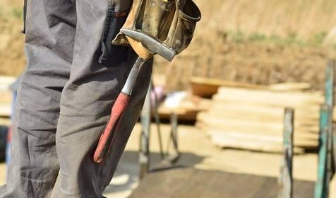 Arbeitstisch Ausbildungs- & Arbeitsmarktintegration © Bild von annawaldl auf Pixabay